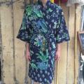 Kimono mørkeblå.