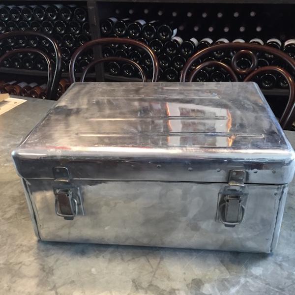bord kuffert stole