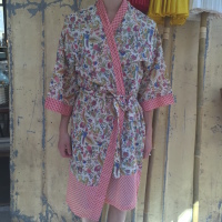 kimono blomster lyserød