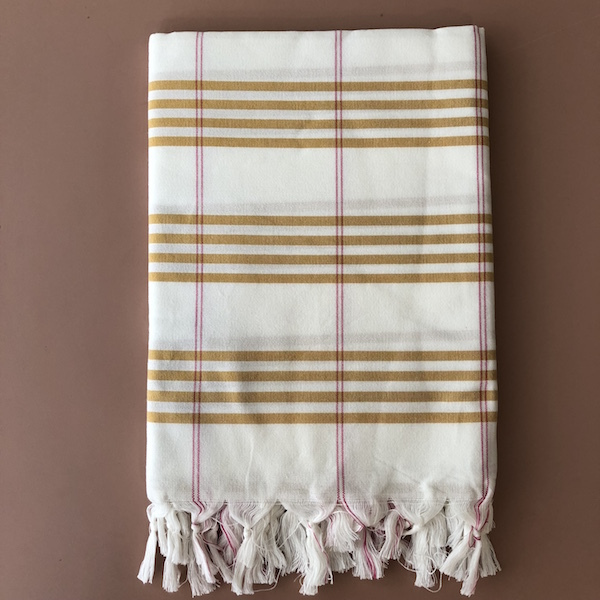 Fouta organic cotton yellow.